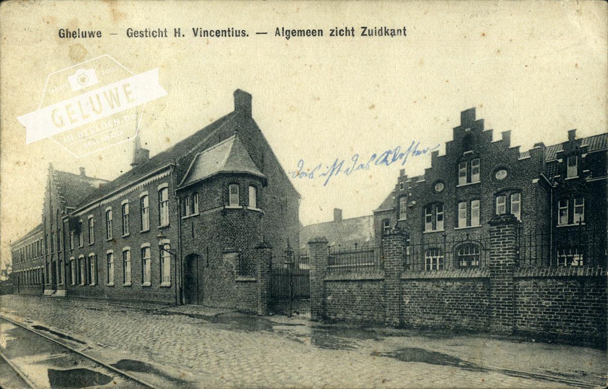 gebouw op de voorgrond
